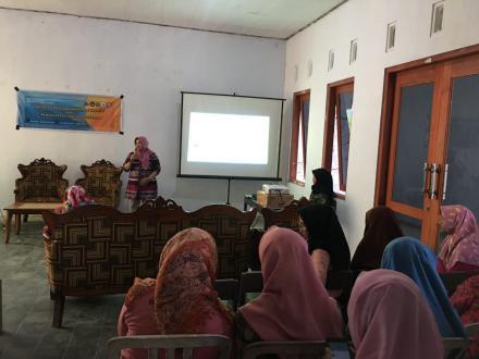 Seminar Pengembangan Produk Desa dengan Pemanfaatan Digital Marketing