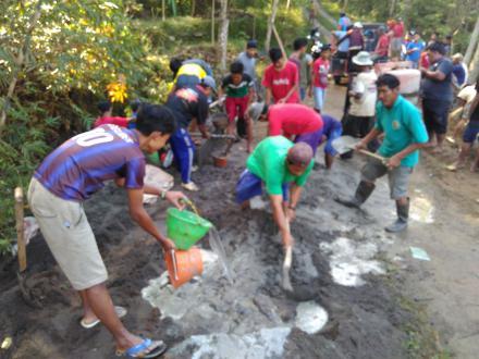 kegiatan Gotong Royong Desa Besuki